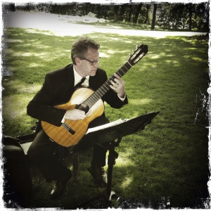 Live Music Solo Guitar